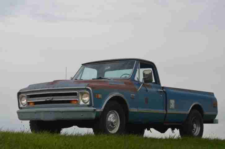 1968 Chevrolet C20 Pick Up USA US Fahrzeug Oldtimer 68 PU Chevy V8
