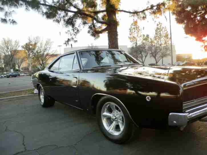1968 Dodge Charger R T 440 4 speed manual