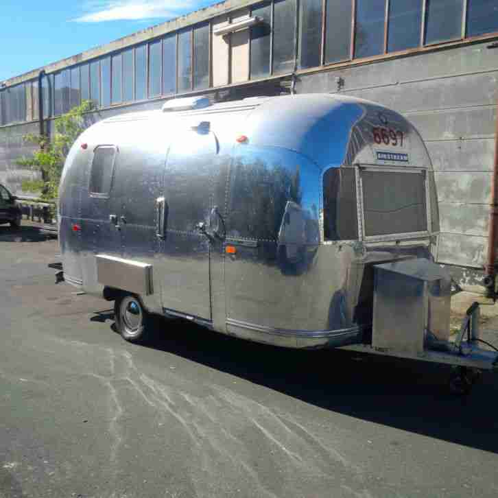1969 airstream wohnwagen umgeruestet u wohnwagen wohnmobile. Black Bedroom Furniture Sets. Home Design Ideas