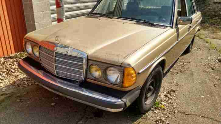 1982 Mercedes W123 240D Automatik USA Model In Original Zustand