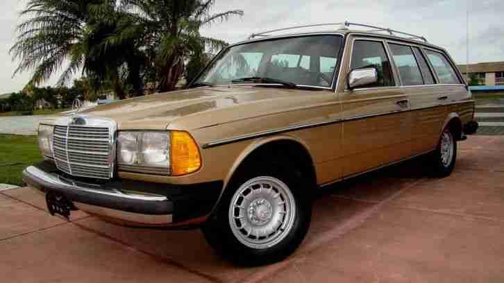 1983 mercedes benz 300tdt w123 oldtimer top topseller oldtimer car group. Black Bedroom Furniture Sets. Home Design Ideas
