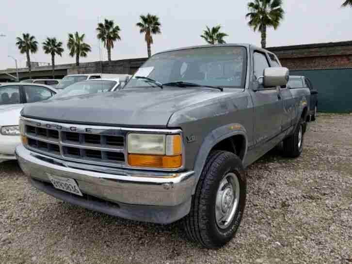 1991 Dodge Dakota 4x4, V8, Pick Up, California Original