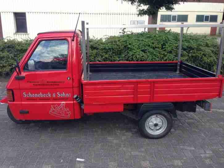 ape piaggio car rot diesel selten mit nutzfahrzeuge. Black Bedroom Furniture Sets. Home Design Ideas