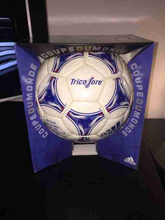 Adidas Tricolore 1998 WM Ball, Questra, Etrusco,