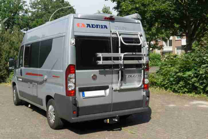 adria twin 540 spt titan modell 2014 wohnwagen. Black Bedroom Furniture Sets. Home Design Ideas
