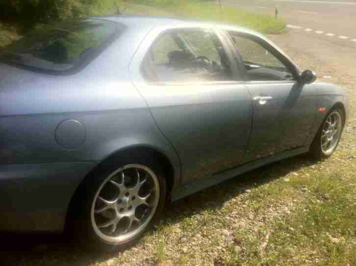 Alfa Romeo 156 2.5 V6 Distinctive