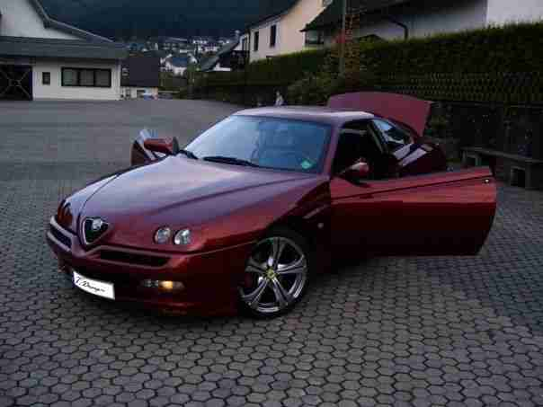 GTV 2, 0L 16V TwinSpark Alfa L Version 18