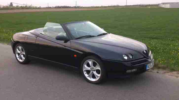 Alfa Romeo Spider 2.0 16V Twin Spark Bluetooth