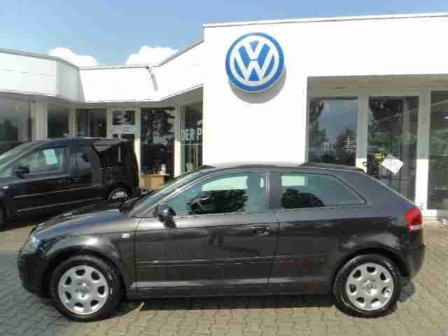 Audi A3 Attraction 1.6 FSI