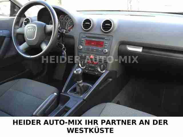 Audi A3 Sportback 1.6 FSI Attraction (Klima-PDC-GRA)