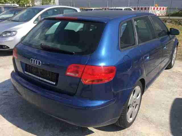 Audi A3 Sportback 1.6 FSI Attraction S Heft, Klima