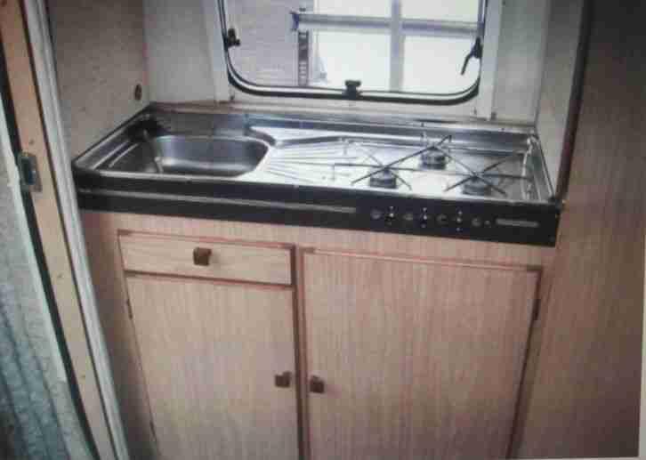 biod 400 tl gfk wohnwagen mit toilette wohnwagen. Black Bedroom Furniture Sets. Home Design Ideas