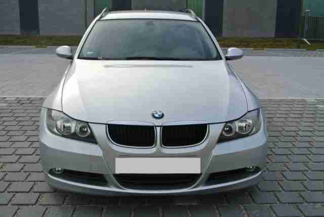 BMW 320d Touring Volleder NAVI