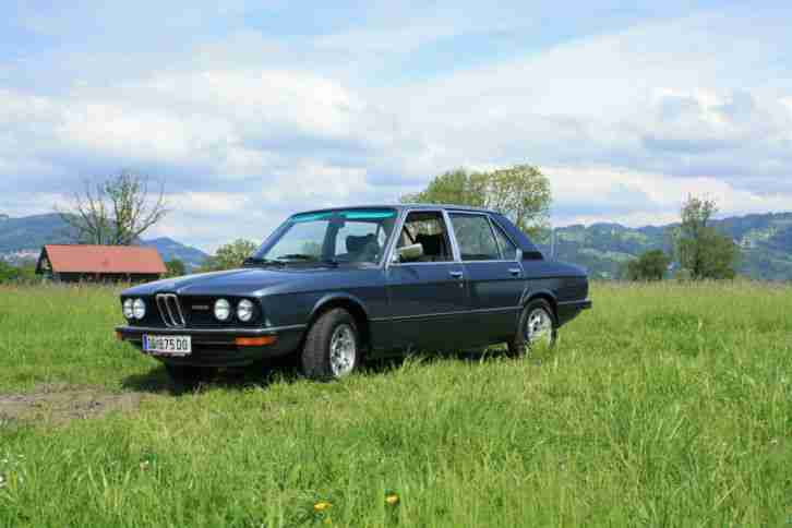 bmw e12 520 6 alles neu gemacht vor 2 jahren topseller oldtimer car group. Black Bedroom Furniture Sets. Home Design Ideas