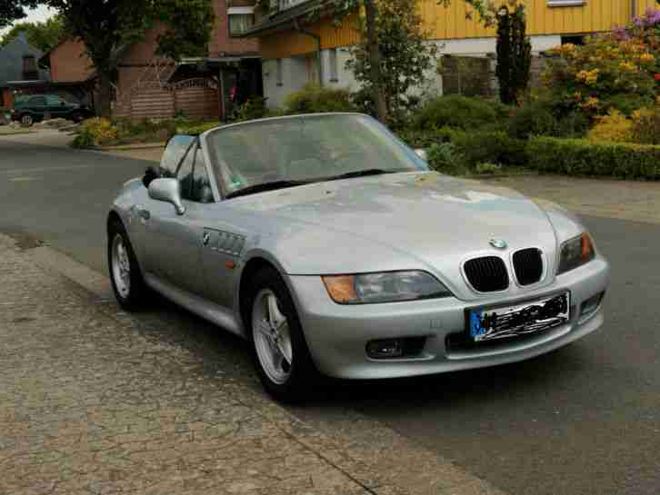 bmw z3 roadster 1 9 l gepflegt garagenwagen bestes. Black Bedroom Furniture Sets. Home Design Ideas