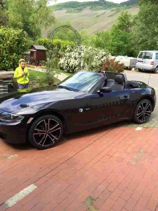 bmw z4 traum cabrio e85 ez 05 2008 top t v 04 die besten angebote amerikanischen autos. Black Bedroom Furniture Sets. Home Design Ideas