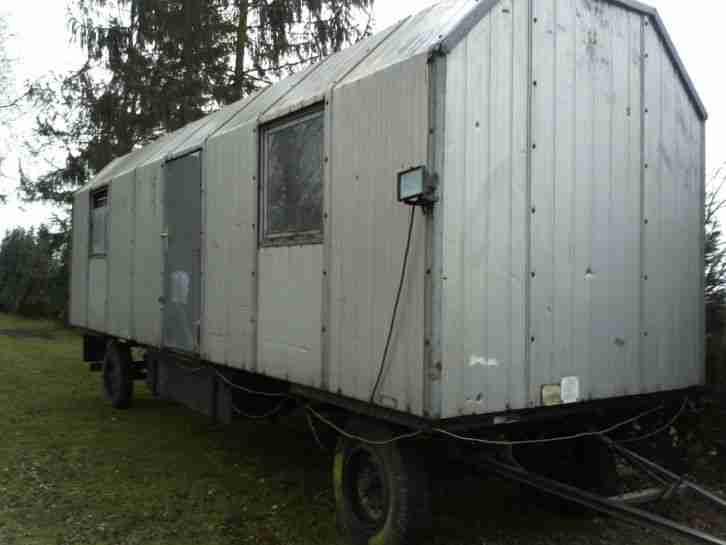 bauwagen wohnwagen gebraucht 2 achsig 8m top wohnwagen. Black Bedroom Furniture Sets. Home Design Ideas