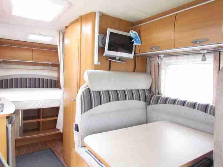 b rstner nexxo 687 wohnwagen wohnmobile. Black Bedroom Furniture Sets. Home Design Ideas
