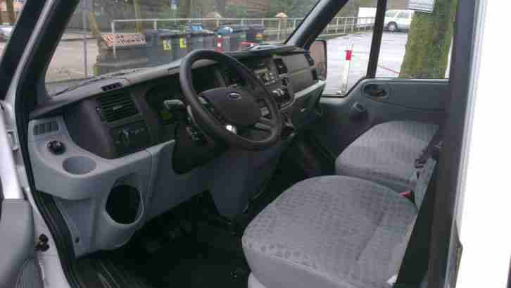 bus transporter zu mieten vermieten top nutzfahrzeuge angebote. Black Bedroom Furniture Sets. Home Design Ideas