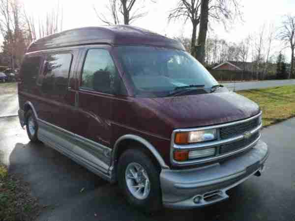 Chevrolet Express High Top Explorer Aut. 7 Sitze Tüv