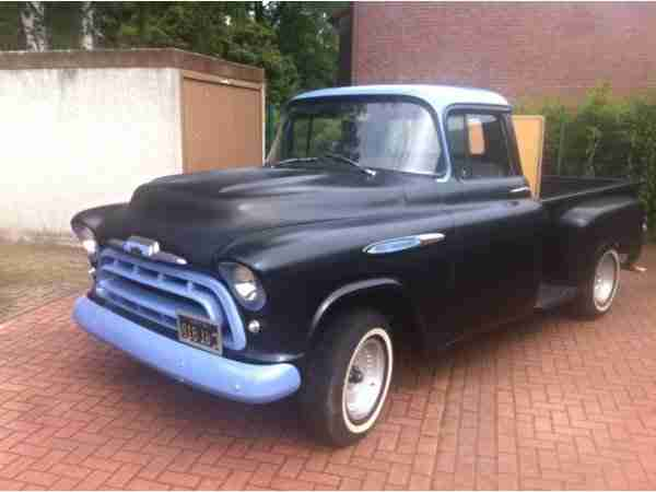 Chevrolet Pickup 3200 Stepside 1957 V8 Hot Rod