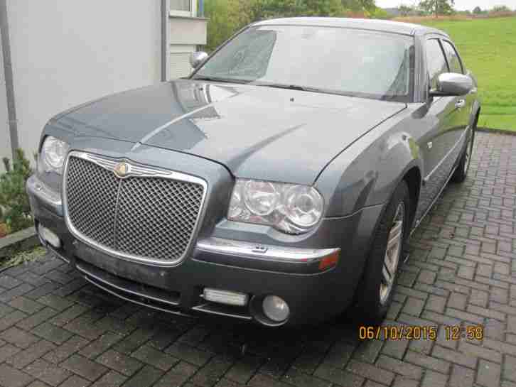 Chrysler 300c Bentley Look Vollaussattung