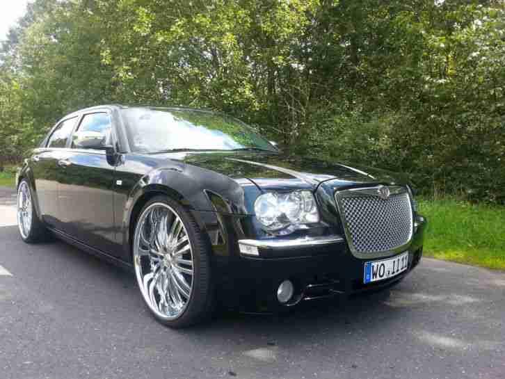 chrysler 300c crd limousine bentley look 24zoll die besten angebote amerikanischen autos. Black Bedroom Furniture Sets. Home Design Ideas