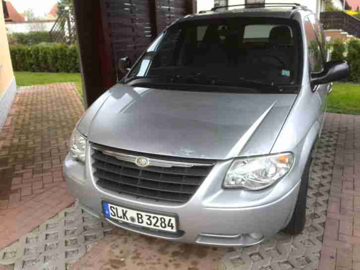 Chrysler Town & Country 3.3 L, BJ 2006, TÜV 07 2017 128 KW , Gasanlage LPG