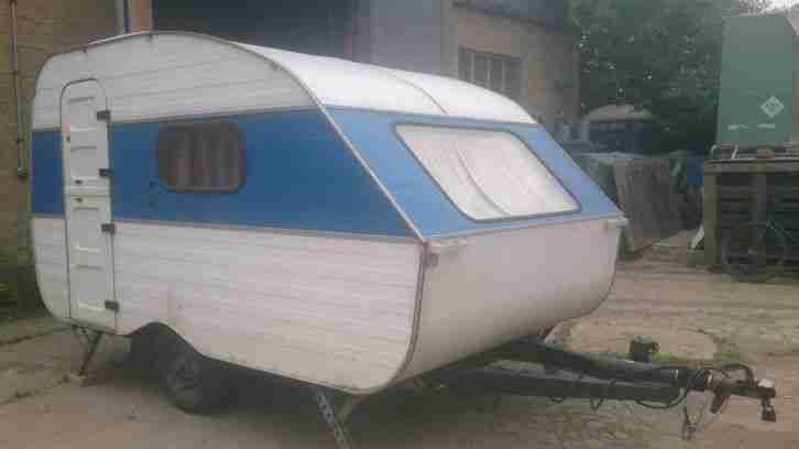 ddr wohnwagen qek aero hp 1 wohnwagen wohnmobile. Black Bedroom Furniture Sets. Home Design Ideas