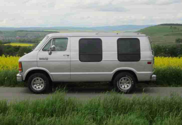 dodge ram 150 van 3 9 v6 automatik truck kombi die besten angebote amerikanischen autos. Black Bedroom Furniture Sets. Home Design Ideas