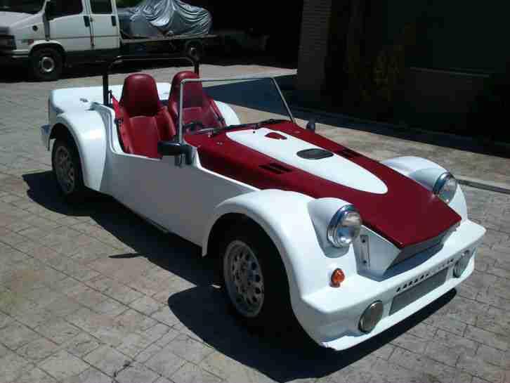 dutton phaeton 3000 v6 roadster cafe racer topseller. Black Bedroom Furniture Sets. Home Design Ideas