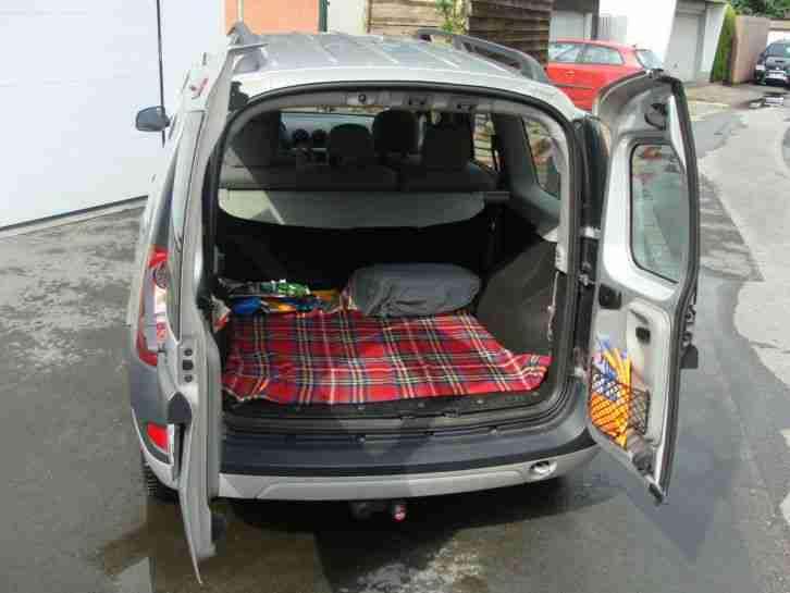 dacia logan mcv 1 6 16v laureate angebote dem auto von. Black Bedroom Furniture Sets. Home Design Ideas