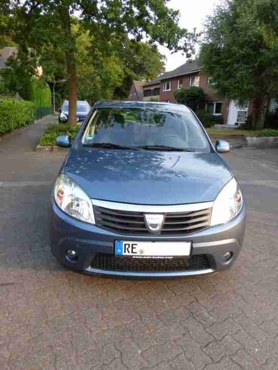 dacia sandero 1 5 dci laureate 1 hand diesel angebote. Black Bedroom Furniture Sets. Home Design Ideas
