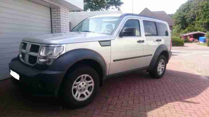 Dodge Nitro 2.8 CRD Navi, Radio CD