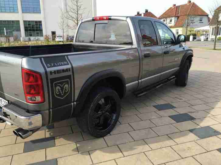dodge ram 1500 5 7 hemi 4x4 allrad lpg lkw die besten angebote amerikanischen autos. Black Bedroom Furniture Sets. Home Design Ideas