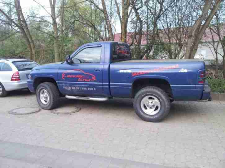 Dodge Ram 1500 ,Pick up , 4 x 4 & Prins Gas , AHK , 20 & 22 zoll ,Blau matt