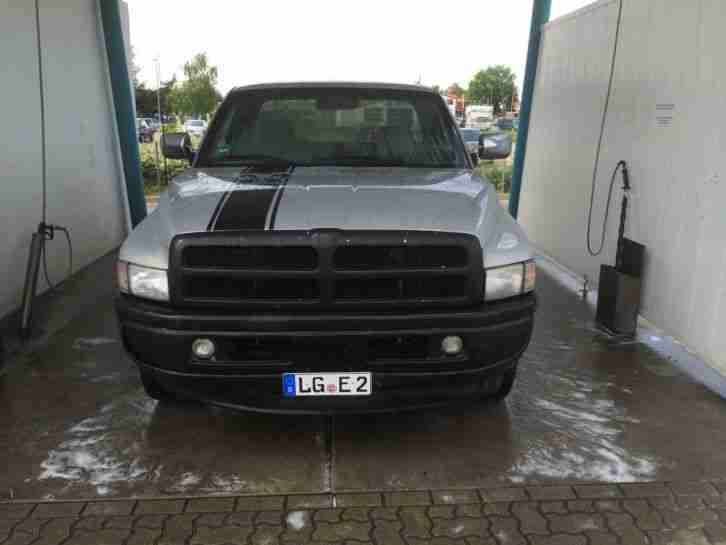 dodge ram 1500 v8 automatik gasanlage pickup die besten. Black Bedroom Furniture Sets. Home Design Ideas