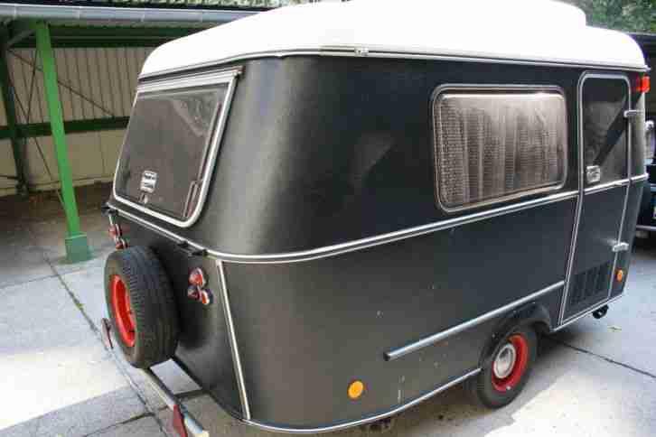 eriba puck wohnwagen wohnwagen wohnmobile. Black Bedroom Furniture Sets. Home Design Ideas