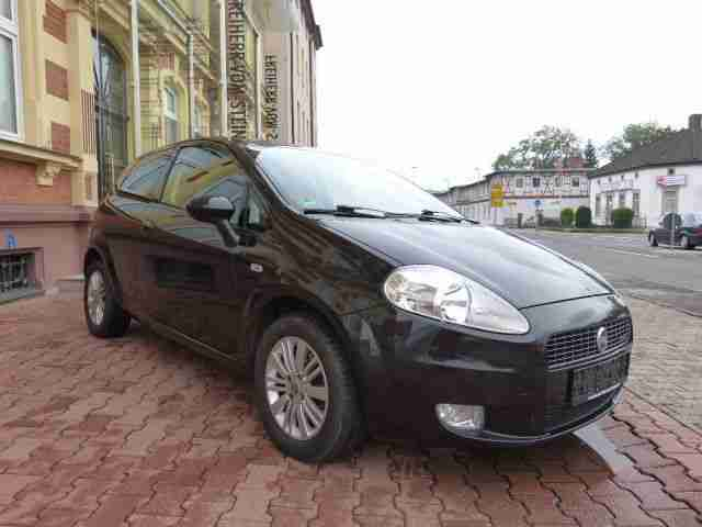 fiat grande punto 1 9 multijet 8v emotion t v hei er verkauf der marke fiat. Black Bedroom Furniture Sets. Home Design Ideas