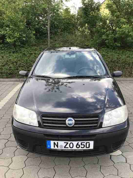 Punto 188 (Facelift) in Schwarz