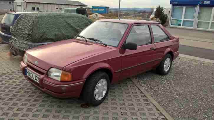 Ford Escord CL Oldtimer Bj. 1987 109.000 km 1.Hand Fahrbereit Top Zustand