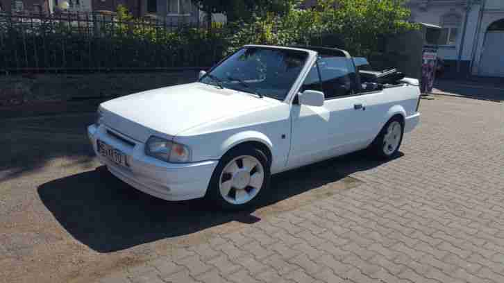 Ford Escort Cabrio XR3i MK4 Youngtimer fast Oldtimer neues Verdeck