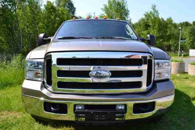 ford f 350 diesel lariat crew cab pick up truck die. Black Bedroom Furniture Sets. Home Design Ideas