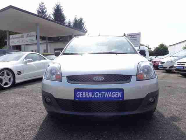 Ford Fiesta 1.3 Connection,Klima,Scheckheft,86900 Km
