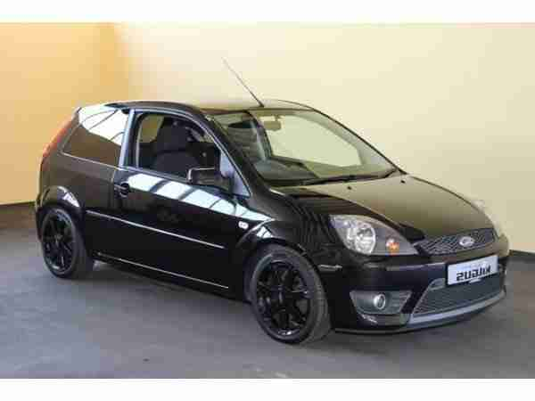 Fiesta 1.4 16V Black Magic Klima (el. Fenster)