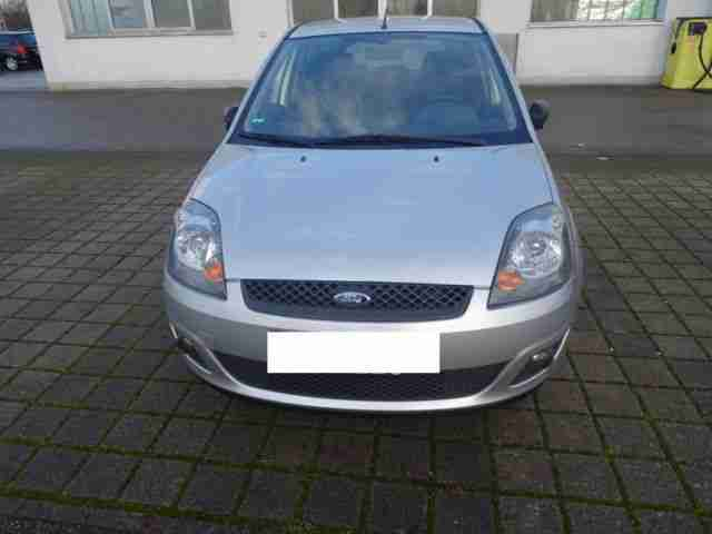 Ford Fiesta 1.4 Connection 5 Türe HU 2016