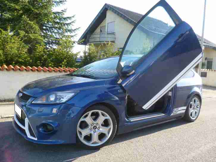Ford Focus 2.0 RS Xenon / Teilleder / KeyFree