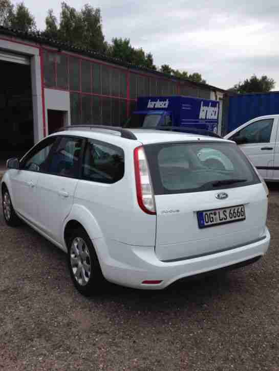 Ford Focus EZ. 2010 Sommer/Winter Bereifung