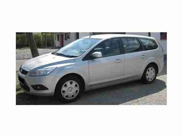 Ford Focus Turnier 1.6 TDCi silber