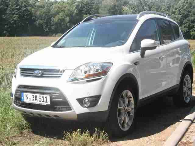 Kuga TDCI Sondermodel White Magic Edition, 8 Fach